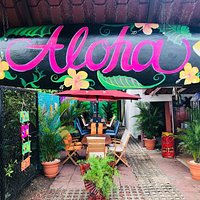 ALOHA BAR IN JACO BEACH . good for families and groups of friends
