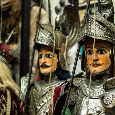 Antica Bottega del Puparo - Museo e Teatro dei Pupi - Marionettistica F.lli Napoli (CT)
