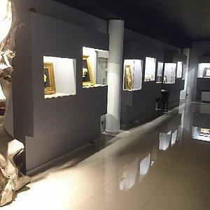 Fragment sali z eksponatami