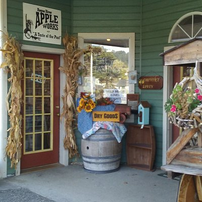 Charming entrance to the shop.