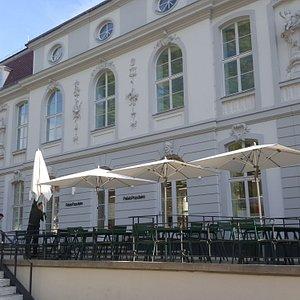 Eingang Bebelplatz