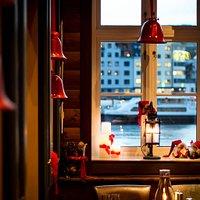 Jul på Bryggeloftet & Stuene er en fin høytid. Vi pynter der vi kan!