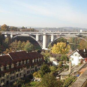 Kirchenfeldbrücke depuis Munsterplattform (terrasse au sud de la cathédrale)