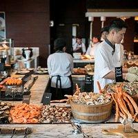 Sunday Family Brunch - Fresh Seafood Corner