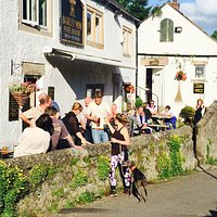 A beautiful 18th century freehouse... in a beautiful and picturesque village... south facing little suntrap when the sun is out :)