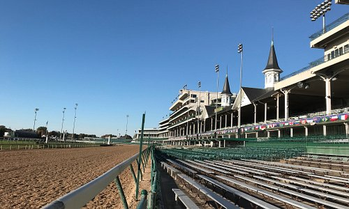 Monday, October 29, 2018 Grandstand Tour at Churchill Downs