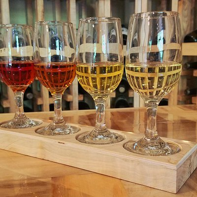A tasting flight is the perfect way to experience mead!