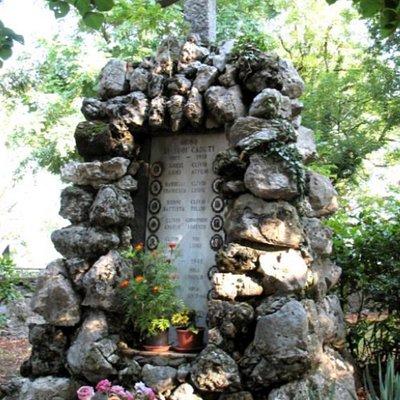 Monumento ai caduti di Orino