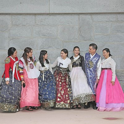 Gyeongbokgung Hanbok Photoshoot Package