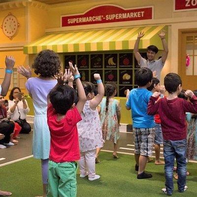 Play time at Le Petit Palais