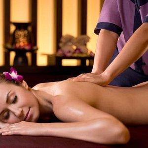 new massage Suedois, head neck shoulders Indien ayurvedique