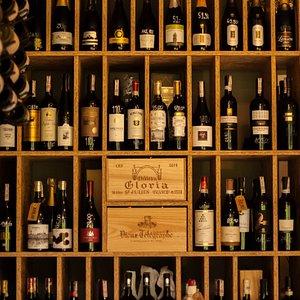 Szeroki wybór win z całego świata