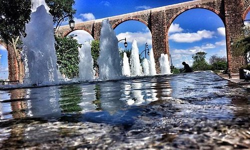 Los Arcos, historic iconic acueduct.
