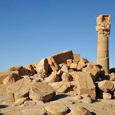 Sadenga ruins