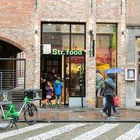 The Olive Street Food Wollestraat 12, 8000 Brugge!