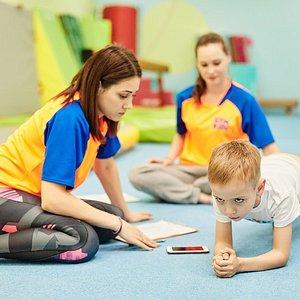 GYM KIDs, создал такое место, где дети от 1 до 14 лет полностью раскрывают свое естественное стремление к физической активности и формируют первые здоровые привычки.