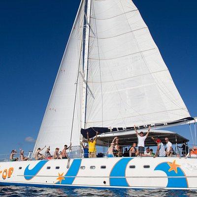 Tip Top Catamaran   L'ambiance est à la fête à bord de notre bateau