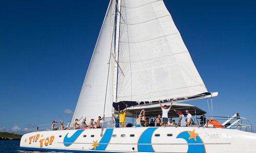 Tip Top Catamaran | L'ambiance est à la fête à bord de notre bateau