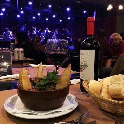 La Academia Tango Club te invita a una noche de auténtico Tango, con imperdible programación, deliciosa gastronomía y la mejor atención en el corazón de Palermo.