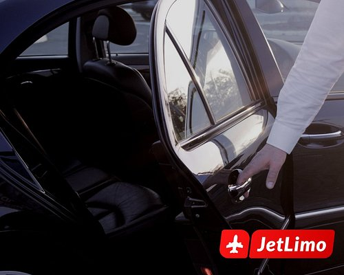 Our team consists of highly qualified drivers with many years of professional experience. All of our drivers are polite, helpful, well dressed and highly professional. They are all fluent in English and German and they will make you feel at home in Belgrade.