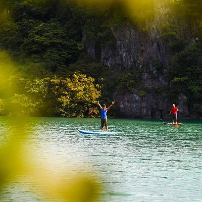 SUP tour in Bai Tu Long Bay