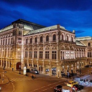 state-opera-house.jpg?w=300&h=300&s=1