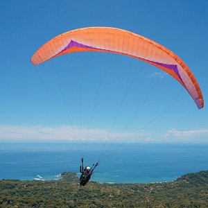 Take off from Cerro Escalares, Dominical