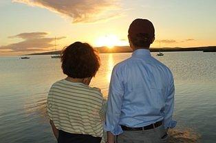 カウナカカイ桟橋から眺めるサンセットの一時...