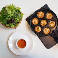 Banh Khot - mini prawn pancakes: Scoop, wrap, dip and eat!