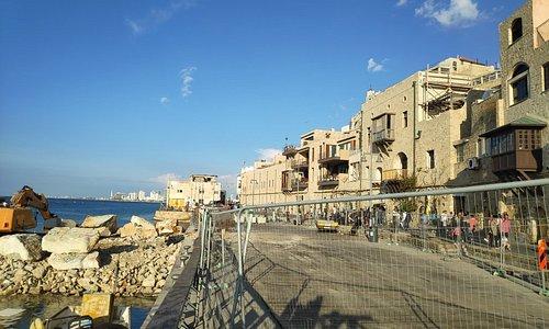 נמל היסטורי וקטן...