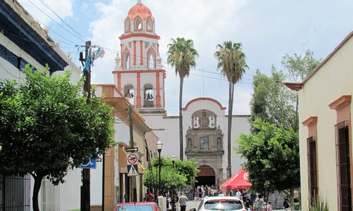 Iglesia San Pedro otra vista