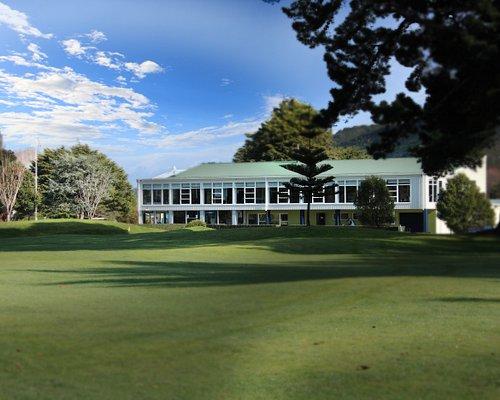 Manor Park Golf Sanctuary clubhouse