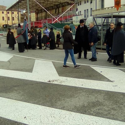 Mirano - fiera di San Martino - giocatori del gioco dell'oca e altri personaggi in costume
