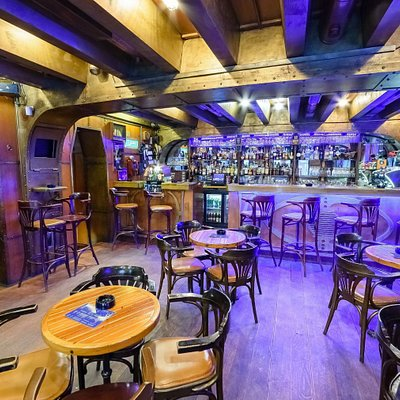 22000 milja bar in the heart of the Zagreb!