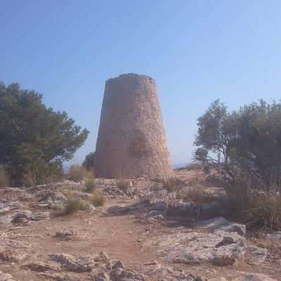 Torre Nova de's Cap Vermell