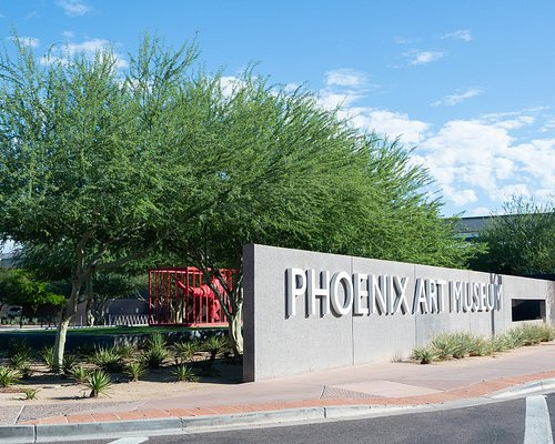 Phoenix Art Museum on Central Ave & Coronado Rd