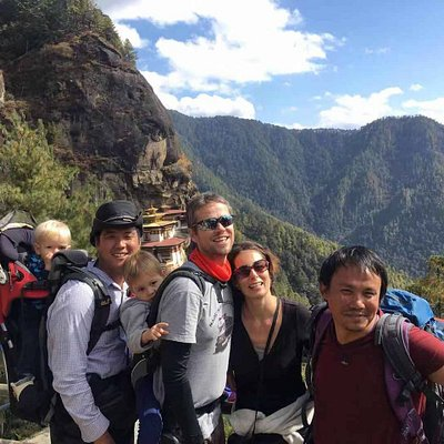 Guest's Family with 3 & 1 yr old baby up to Tiger Nest!