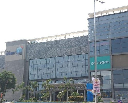 82 East Mall & Multiplex - Outside Day view