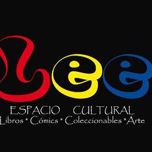 Lee Espacio Cultural Es un refugio para los lectores, amantes de los libros y cómics, coleccionistas, geeks, artistas, que disfrutan de los autores bolivianos y los mejores artistas de cómic de Bolivia!  Tambien contamos con una biblioteca y una cómicteca!