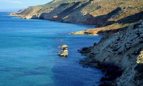 انه مكان اخر في طلميثة ..حبون اطلالة رائعة على البحر من تصوير hmde bkar