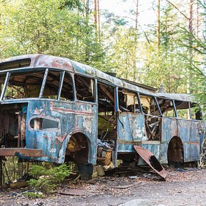 Awesome bus in the scrapyard.