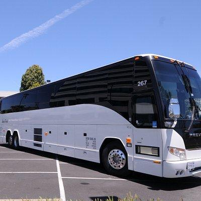 56 seats charter bus