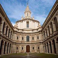 St. Ivo church, palazzo della sapienza, corso rinascimento, romephotofuntours, Rome by day, photo by Giulio D'Ercole,
