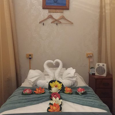 Welcome to Beverly Hills Body & Spa Massage  Shop 2A Edgbaston Road Beverly Hills 2209 Tel 02 8056 3372 , 044 999 2865