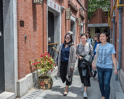 Explore the hutongs of Beijing and discover the delicious food hidden down the alleys with UnTour Food Tours.