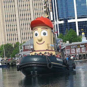 Theodore Tugboat sails from Murphy's Restaurant & Patio at the Halifax Waterfront