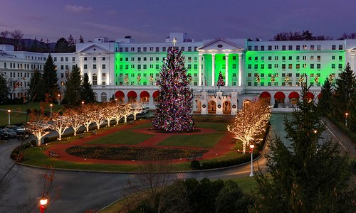The Greenbrier's Holiday Lights
