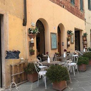 Pienzal è il centro più rinomato e di maggiore importanza artistica di tutta la Val d'Orcia. Consiglio a chiunque si trovi in Toscana di visitare questo posto meraviglioso.