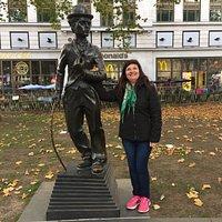 Estatua de Charles Chaplin- Londres 2017.