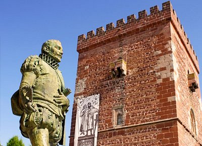 Don Quixote Tours, empresa de servicios y  actividades turísticas con guía habilitado ofrecen actividades de enoturismo y organizan eventos enogastronómicos. Don Quixote Tours está ubicada en Alcázar de San Juan y presta sus servicios en toda  la  Ruta del Vino de la Mancha  puerta de entrada desde donde podrás descubrir nuestra  Región.